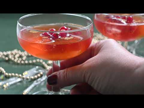 Cosmopolitan cocktail recipe with red currants