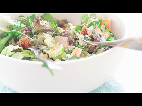 The BEST HEALTHY and EASY to prepare smoked chicken salad with pesto. | Ready in just 10 Minutes