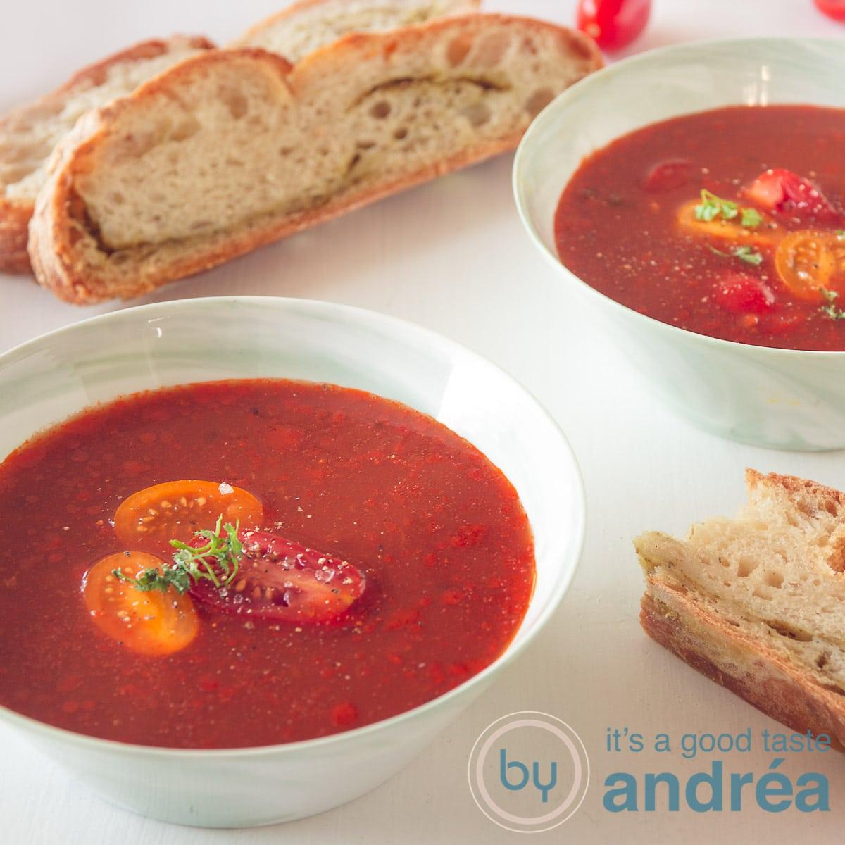 Italiaanse tomatensoep met mascarpone