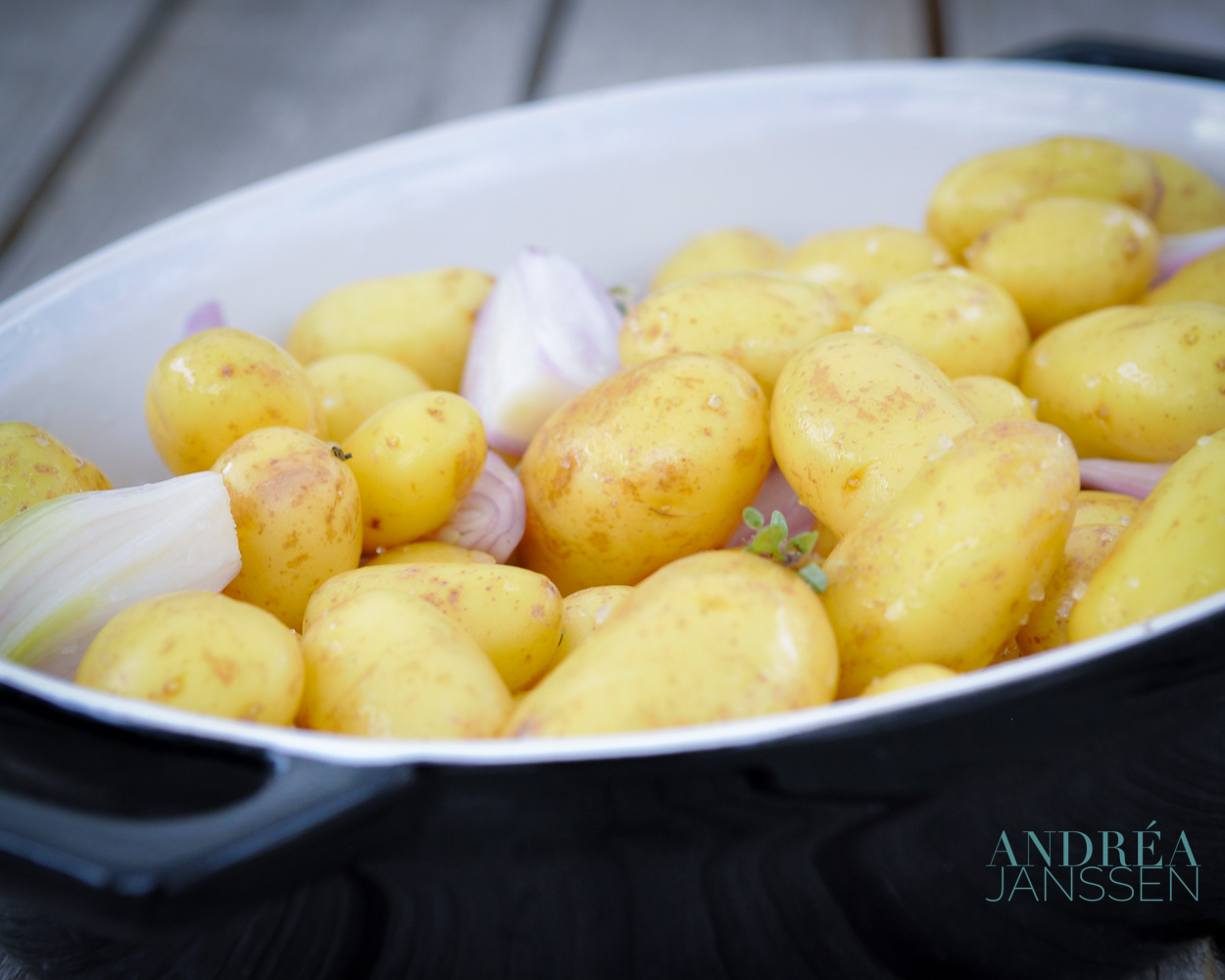 krieltjes uit de oven met knoflook, tijm en sjalotjes