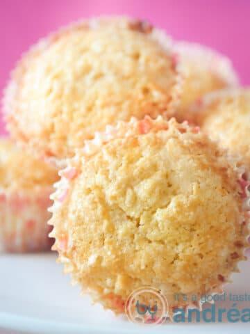 Pearl sugar muffins