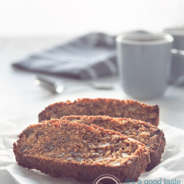 Dadel, appel en walnoot cake