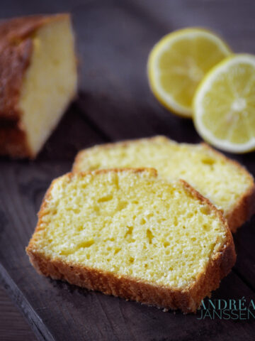 slices Olive oil lemon pound cake