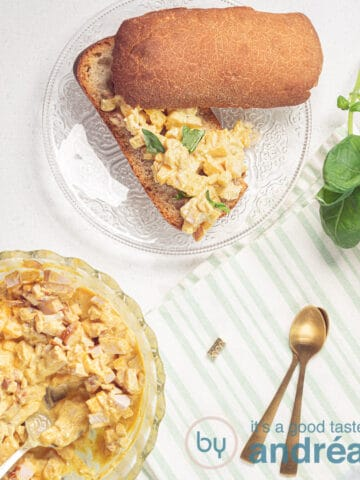 bread with mango, smoked chicken and basil salad and a bowl filled with salad
