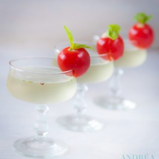Three martini with a Danish blue tomato on a row
