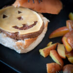 Cheeseburger met homemade ovenfrietjes