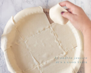 Cover the form with puff pastry