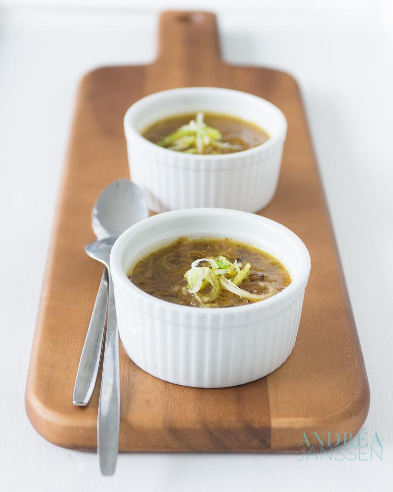 vegetarische prei kool soep