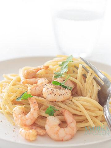 Spaghetti carbonara met garnalen