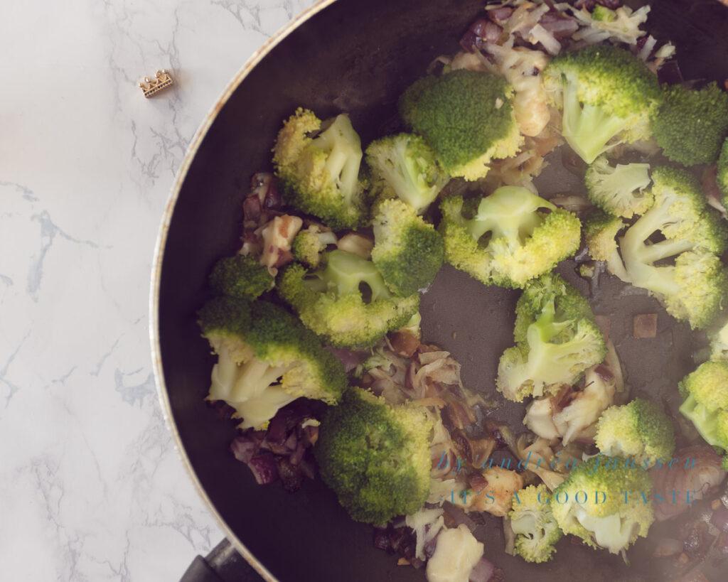 Sir-fry the veggies and Mozzarella