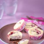 Aardbeien cheesecake gemarmerde cupcake