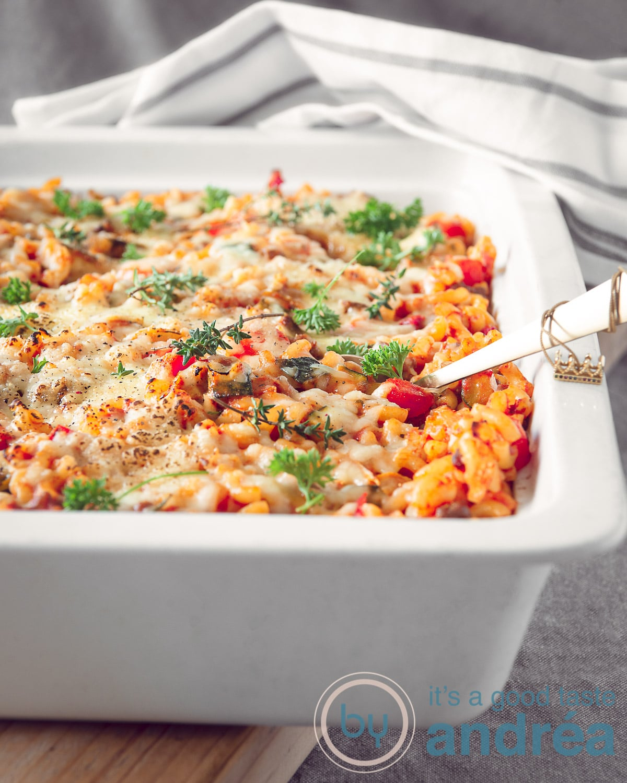 Macaroni casserole with a mascarpone tomato sauce