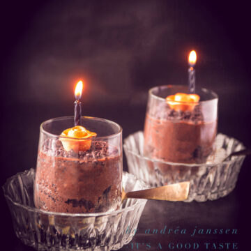 Fluffy chocolate mousse Halloween style