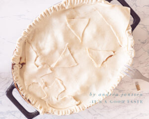 decorate puff pastry Jack-O-Lantern