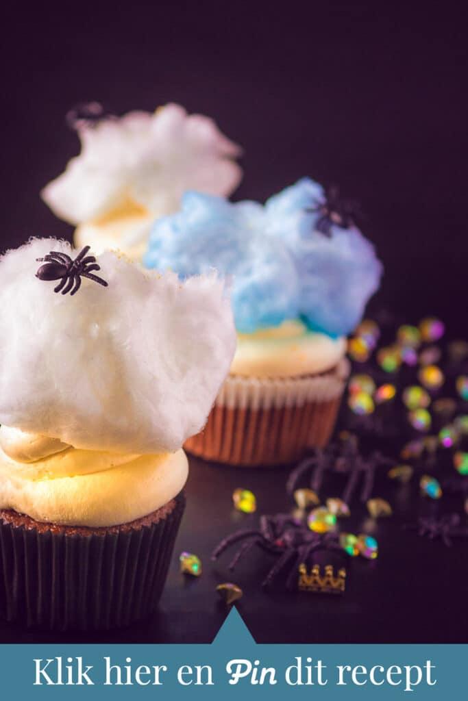 c t a Spinnen cupcakes met mascarpone frosting en suikerspin