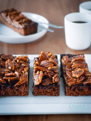 BROWNIE MAPLE PECAN CAKE-18-bewerkt