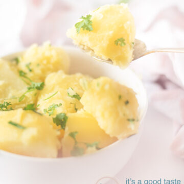 Aardappels met bieslook peterselie boter - potatoes with chive parsley butter-bewerkt