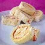 Aardbeien cake rolletjes