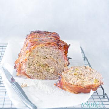 kipgehaktbrood in de oven