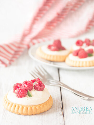 Frambozen taartje met mascarpone- raspberry tartlet with mascarpone