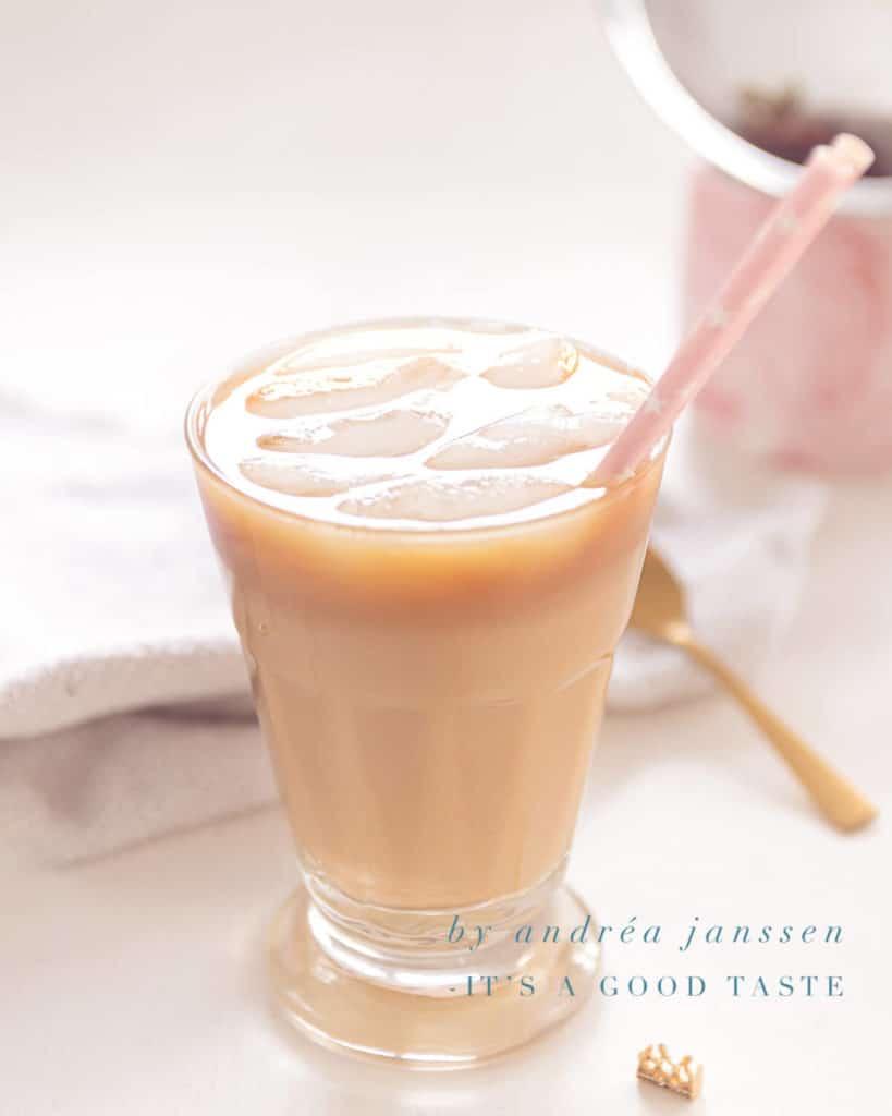 Dirty chai latte ijskoffie