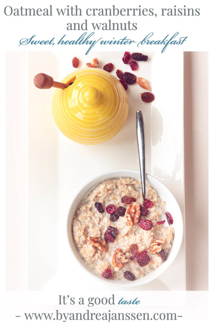 Oatmeal with cranberries, raisins and walnuts
