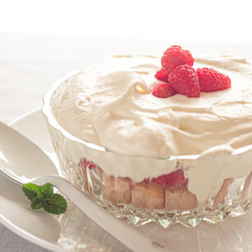 Raspberry trifle