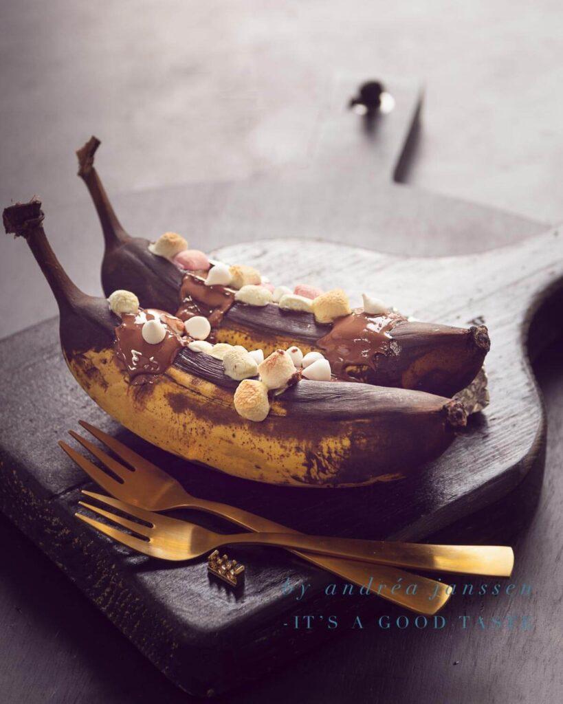 Banana boat with bourbon, chocolate and marshmallows