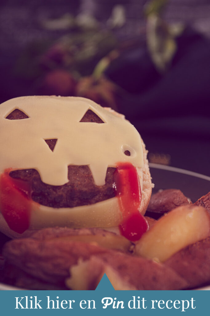 c t a Cheeseburger with homemade oven-baked fries for Halloween