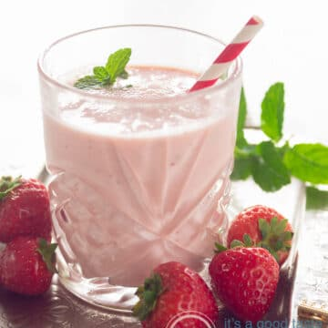 A glass with a Strawberry yogurt smoothie