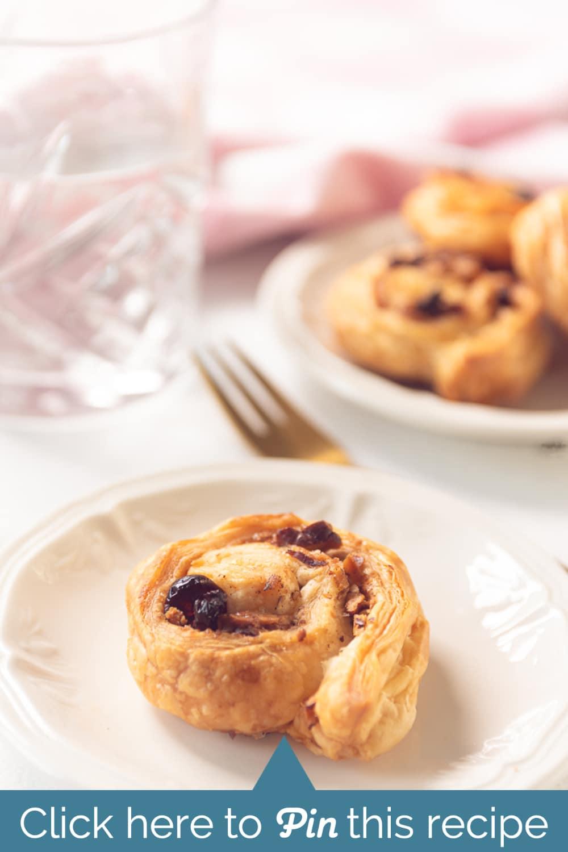 Puff pastry cinnamon buns recipe