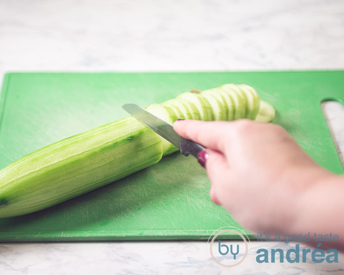 cucumber slicing